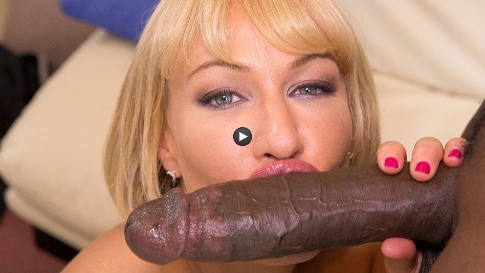 Watch Trailer Mellanie Monroe Lex And Friends With Big Ass MILF
