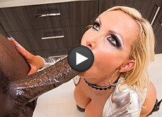Nikki Benz Devours Lexington Steele's Big Black Cock